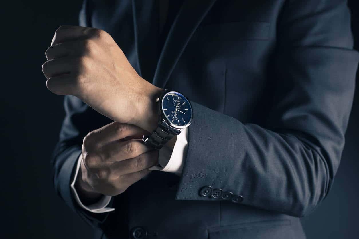 montre homme bracelet entretien
